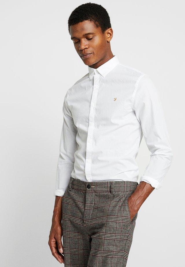 FARLEY SLIM - Skjorta - white
