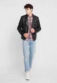 Farah - STEEN CHECK - Skjorte - dark mauve - 1