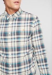 Farah - JULIO SLIM FIT - Shirt - warmstone - 5