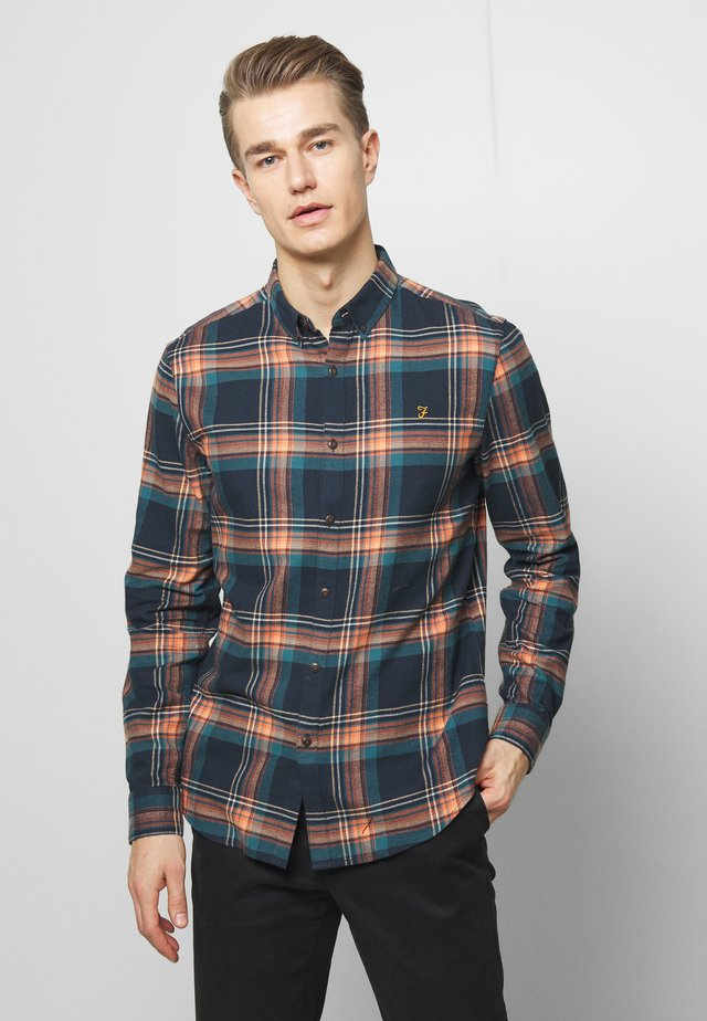 BUTTERFIELD CHECK - Chemise - bottle green