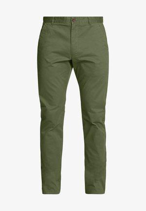 ELM - Chinosy - farah green