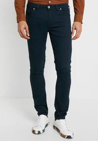 Farah - DRAKE - Jeansy Slim Fit - true navy - 0