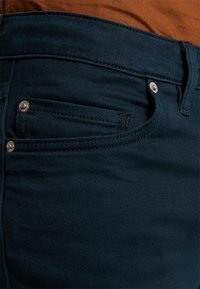 Farah - DRAKE - Jeansy Slim Fit - true navy - 3