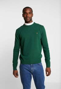 Farah - THE ROSECROFT CREW NECK  - Stickad tröja - bright emerald - 0