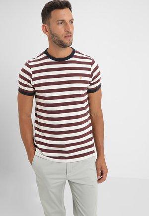 BELGROVE STRIPE TEE - T-shirts print - farah red