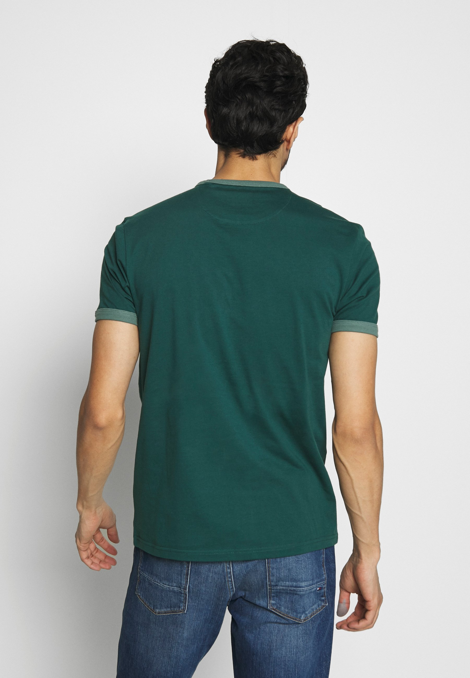 Farah Groves Ringer Tee - T-shirt Bas Bright Emerald