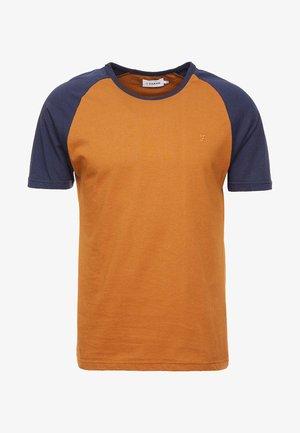 ZEMLAK RAGLAN TEE - T-shirt basic - yale