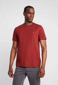 Farah - DENNIS SOLID TEE - T-shirt basique - burnt red - 0