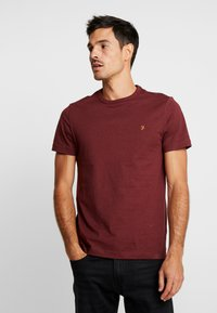 Farah - DENNIS SOLID TEE - T-shirt - bas - mottled red - 0
