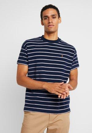 GARDNER STRIPE TEE - T-shirt con stampa - yale