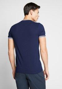 Farah - TEXAS TEE - T-shirt basic - true navy - 2