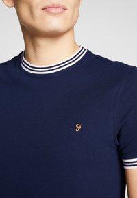 Farah - TEXAS TEE - T-shirt basic - true navy - 4