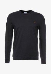 Farah - WORTH TEE - Långärmad tröja - deep black - 3