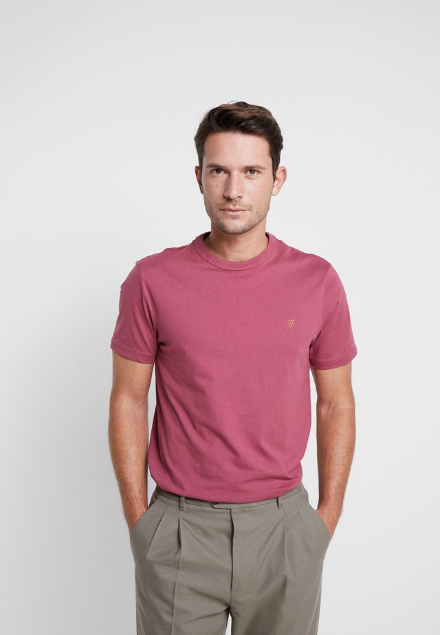 DENNIS SOLID TEE - Basic T-shirt - azalea