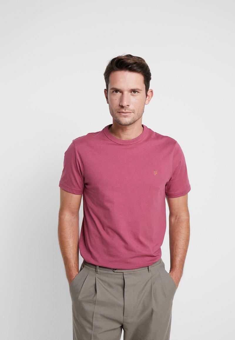 Farah - DENNIS SOLID TEE - T-shirt - bas - azalea