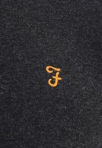 Farah - KYLE HOODIE - Huvtröja med dragkedja - black marl - 6