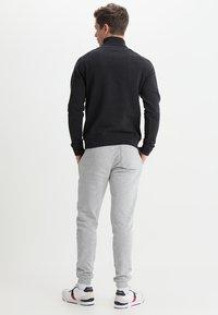 Farah - JIM ZIP - Sweatshirts - black marl - 2