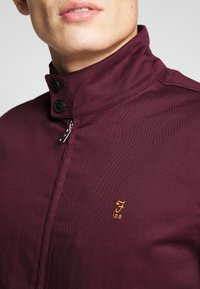 Farah - HARDY HARRINGTON - Bomber Jacket - farah raspberry - 5