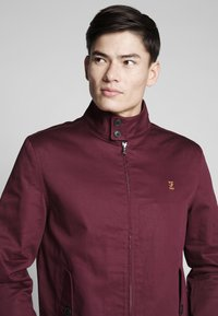 Farah - HARDY HARRINGTON - Bomber Jacket - farah raspberry - 3
