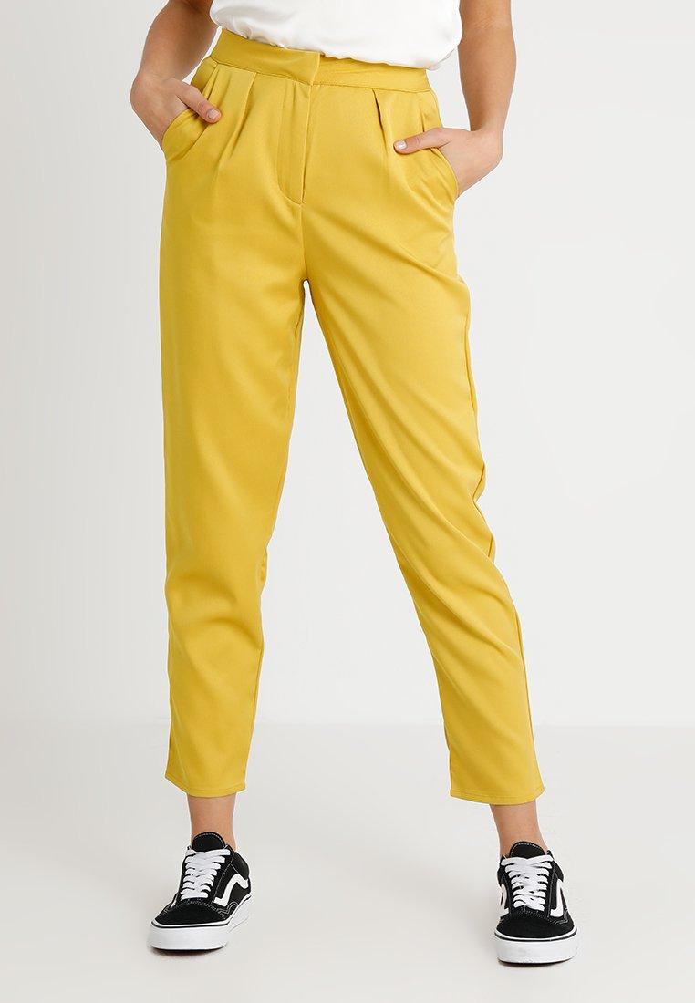 Fashion Union - BABE - Pantalones - mustard