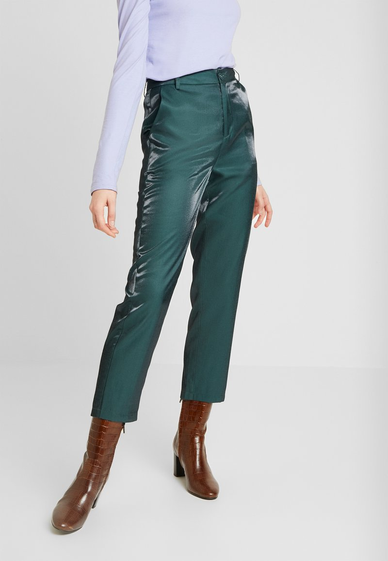 Fashion Union - HONNIE TROUSER - Kalhoty - green