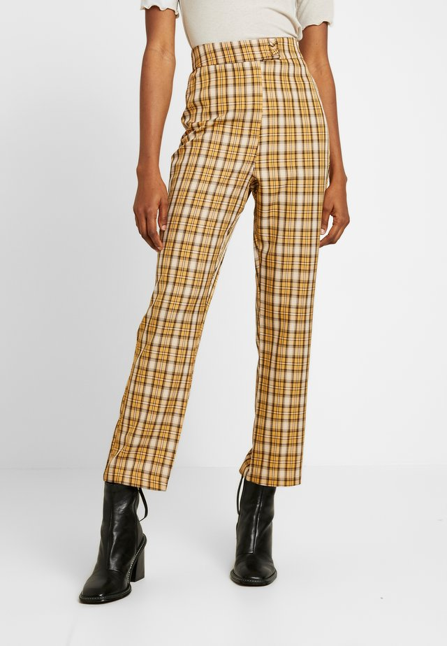 CLUELESS TROUSERS - Kalhoty - yellow