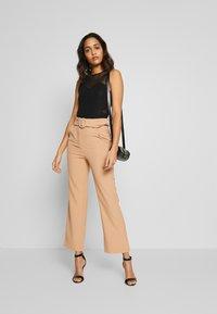 Fashion Union - COYOTE TROUSER - Bukse - beige - 1