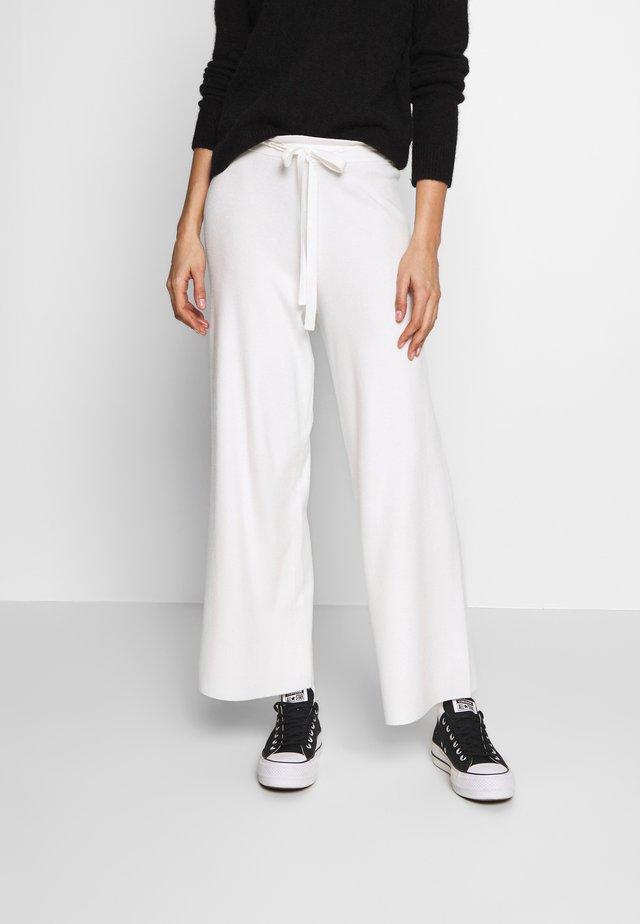 OZARK TROUSER - Kalhoty - white