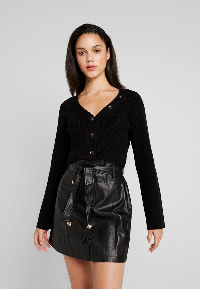 Fashion Union - VALERINA - Chaqueta de punto - black