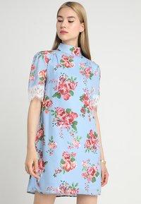 Fashion Union - IRIS - Robe d'été - june - 0