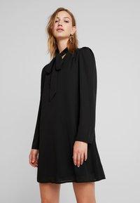 Fashion Union - KHOSLA - Vestito estivo - black - 0