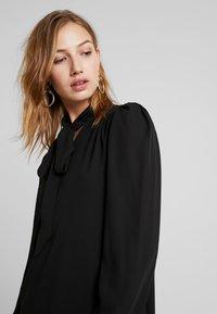 Fashion Union - KHOSLA - Vestito estivo - black - 5