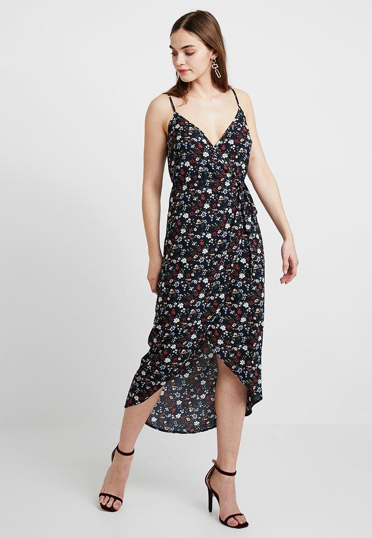 Fashion Union - LENA - Maxi dress - black base