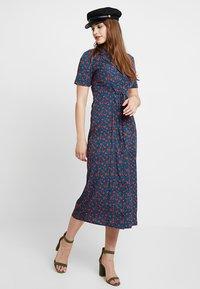 Fashion Union - WINE - Shirt dress - multi-coloured - 1