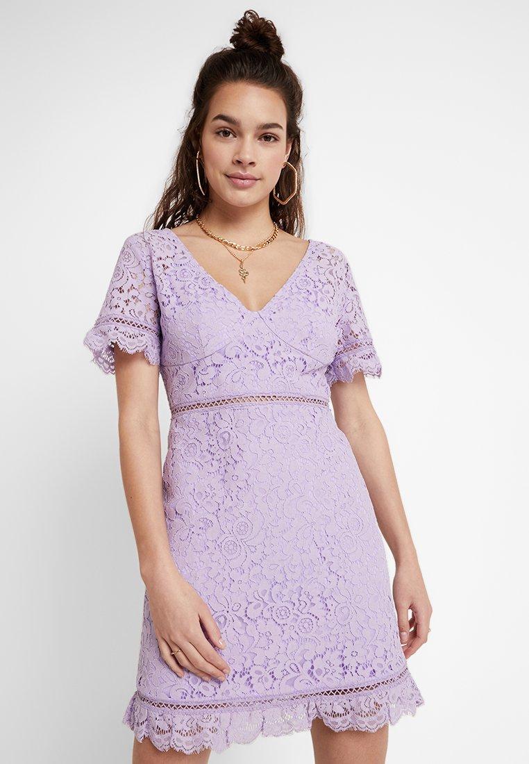 Fashion Union - LAVENDER - Koktejlové šaty/ šaty na párty - lilac