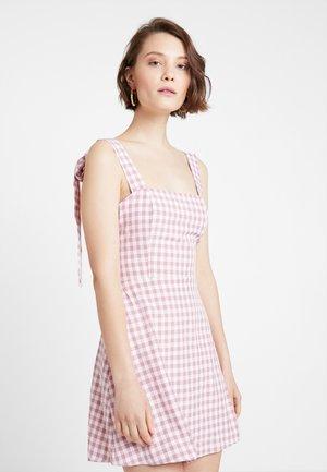 GINGHAM DAISY - Vestito estivo - pink