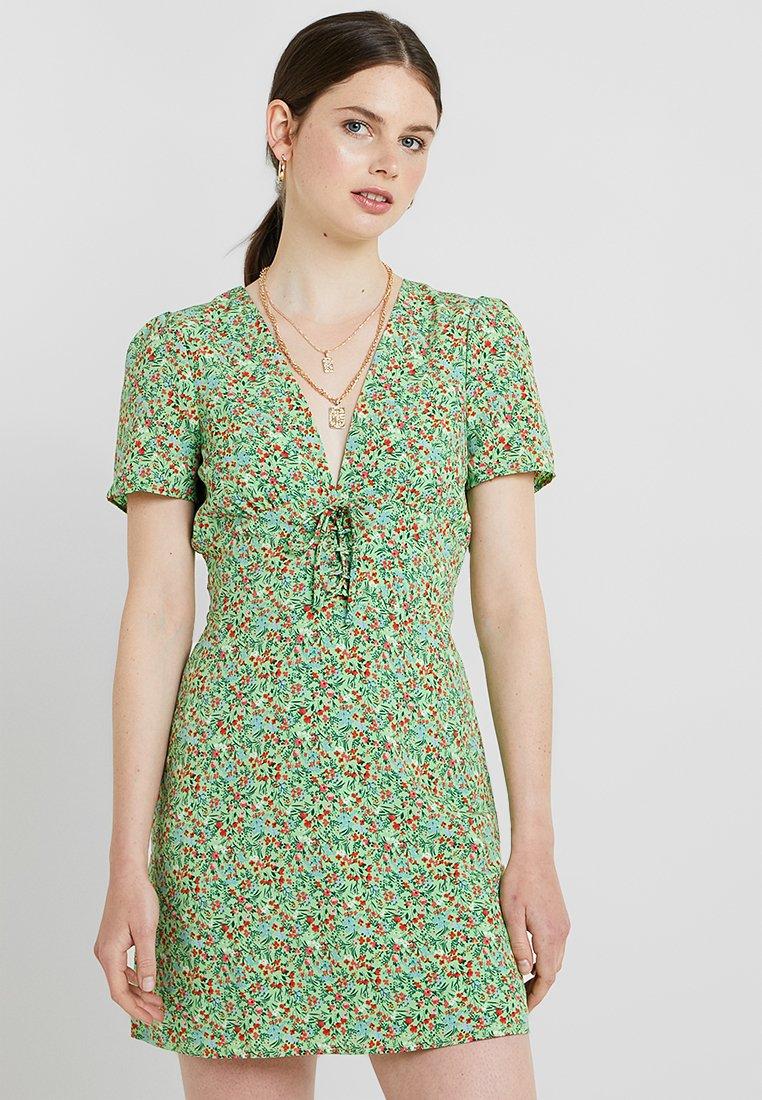 Fashion Union - IBEALE - Sukienka letnia - green