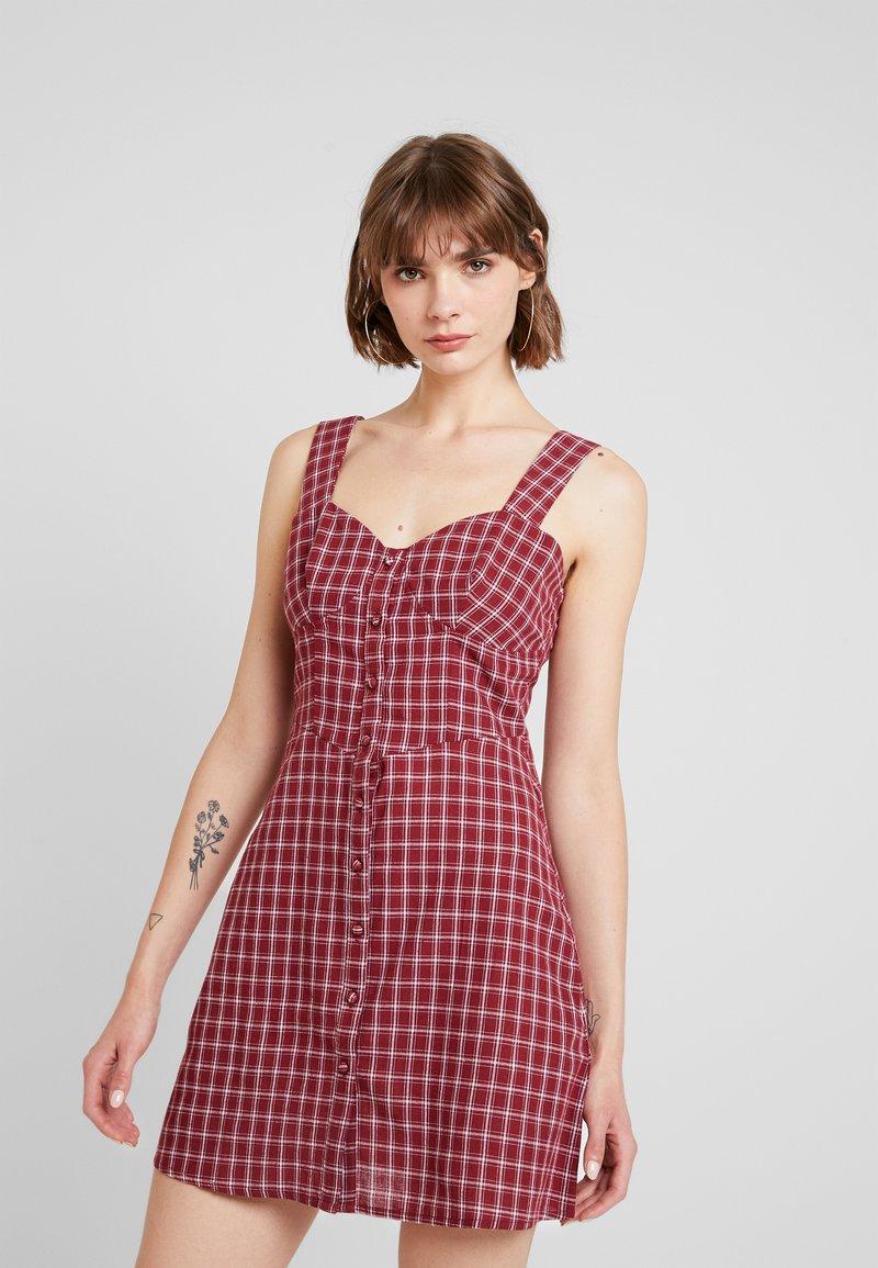 Fashion Union - VENUS - Vestido informal - red