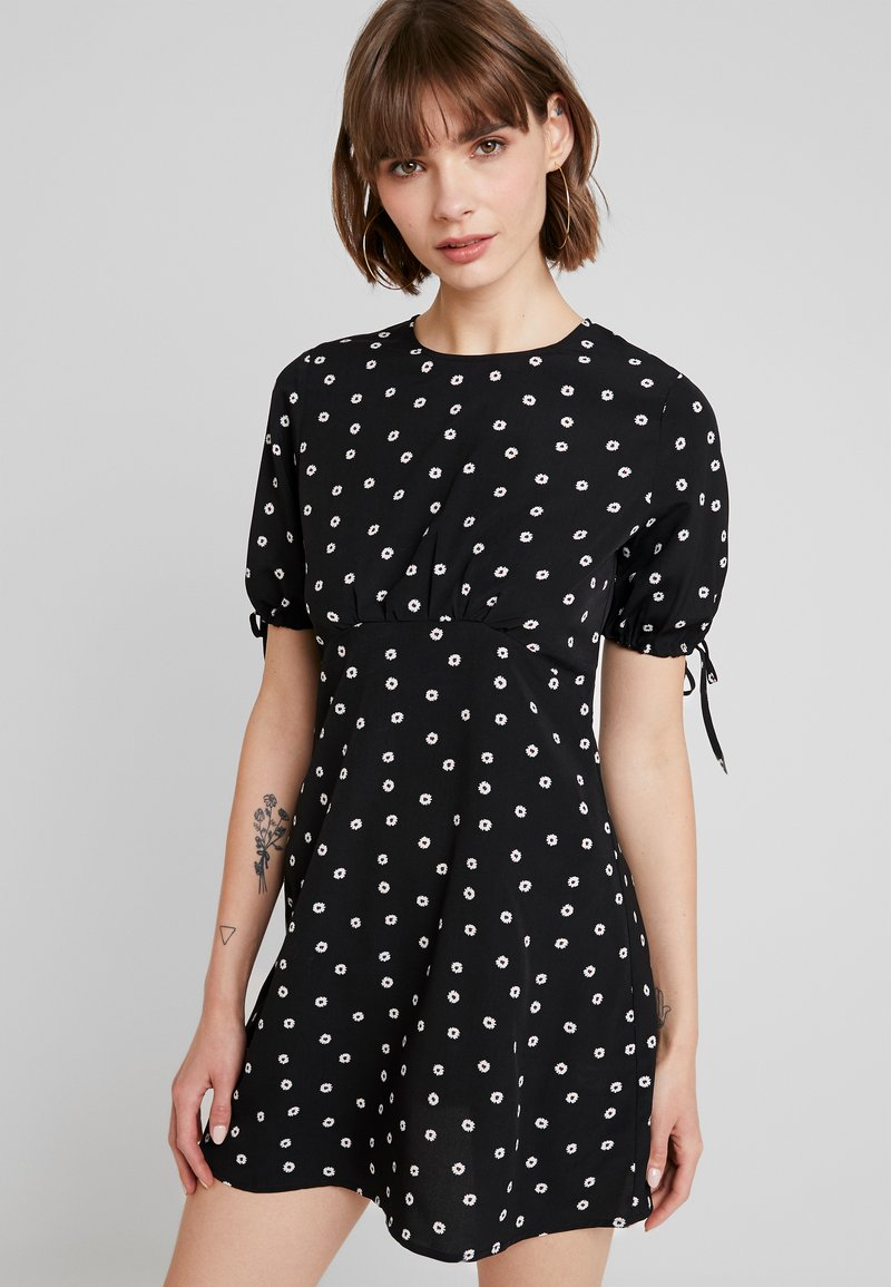 Fashion Union - CHARMANE - Vestido informal - black