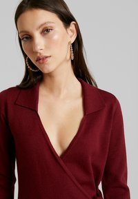 Fashion Union - BANEBERRY - Robe pull - burgundy - 4