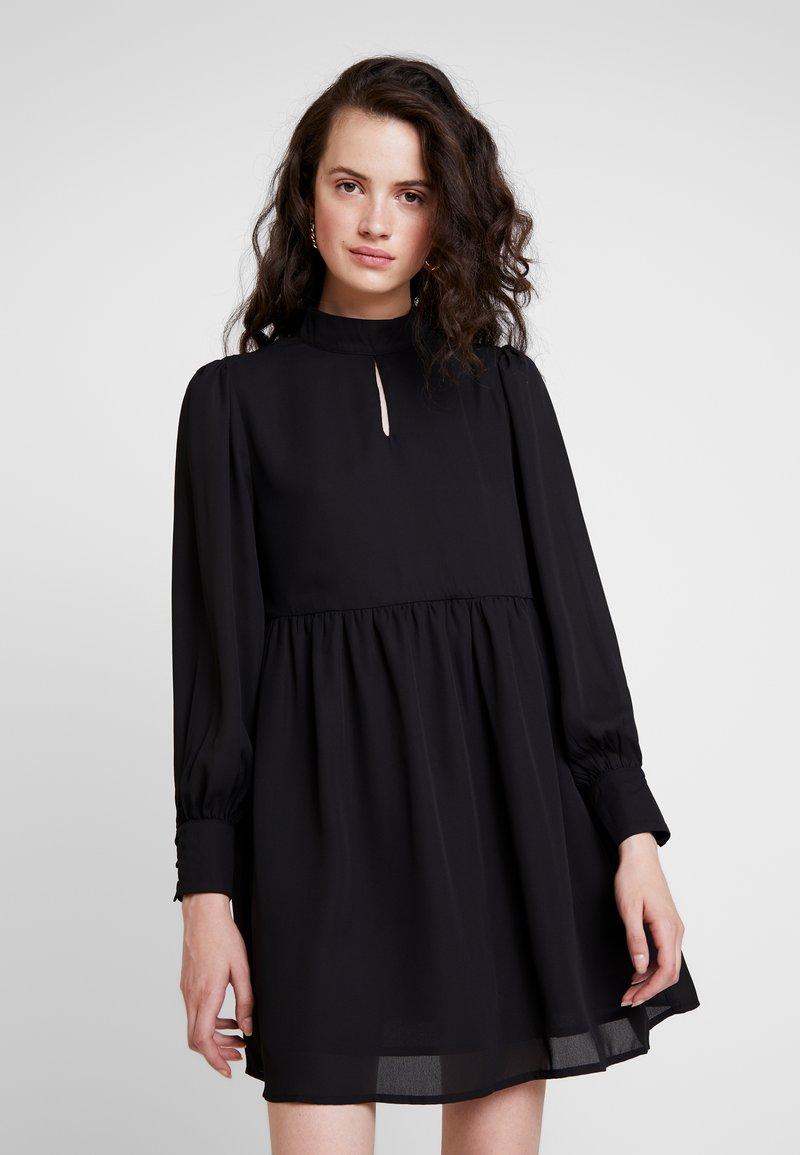 Fashion Union - ADALIE - Vapaa-ajan mekko - black