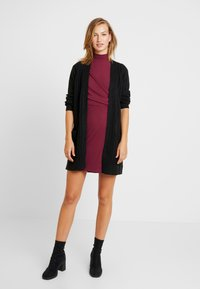 Fashion Union - Robe fourreau - cranberry - 2