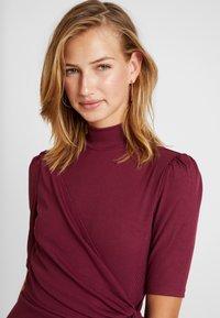 Fashion Union - Robe fourreau - cranberry - 4