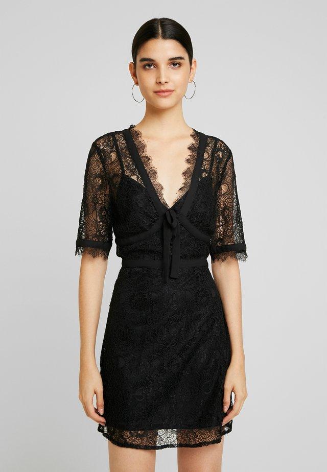 TRACE - Koktejlové šaty/ šaty na párty - black