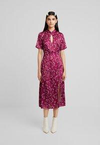 Fashion Union - Maxi dress - berry - 0