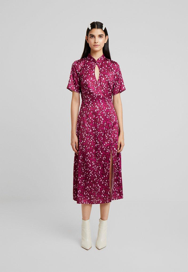 Fashion Union - Maxi dress - berry