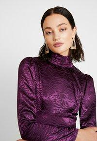 Fashion Union - RENNIE - Hverdagskjoler - purple - 4