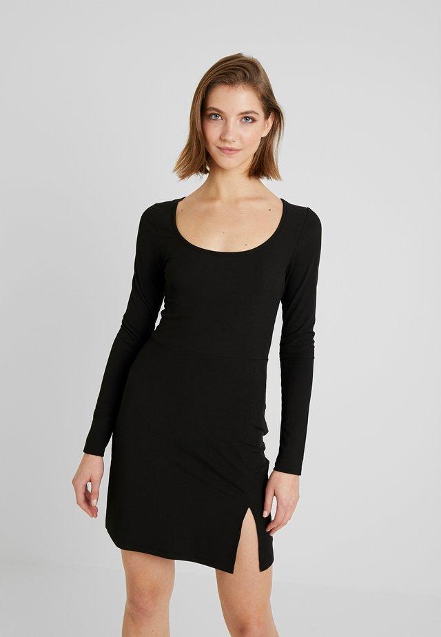 COCOA - Pouzdrové šaty - black