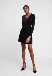 Fashion Union - NAPA - Pletené šaty - black - 2