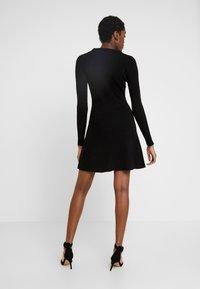 Fashion Union - NAPA - Pletené šaty - black - 3